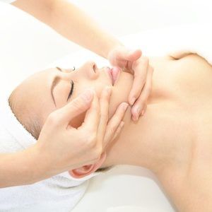 Massage KOBIDO Ultra Tonique «Facial Japonnais» 30′